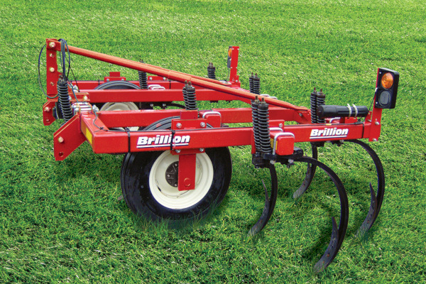 Brillion | Primary Tillage | Chisel Plow