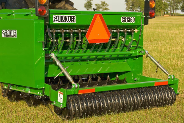 John Deere | Frontier™ Seeding Equipment | Frontier™ Conservation Seeders