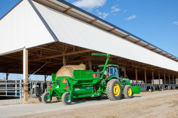 John Deere | Utility Tractor Attachments | Frontier™Livestock & Equine Equipment