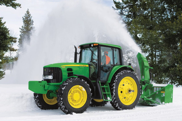 John Deere | Utility Tractor Attachments | Frontier™ Snow Removal Equipment