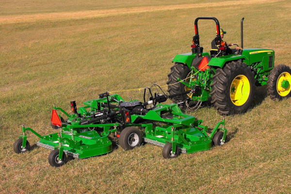 John Deere | Cutters and Shredders | Grooming Mowers