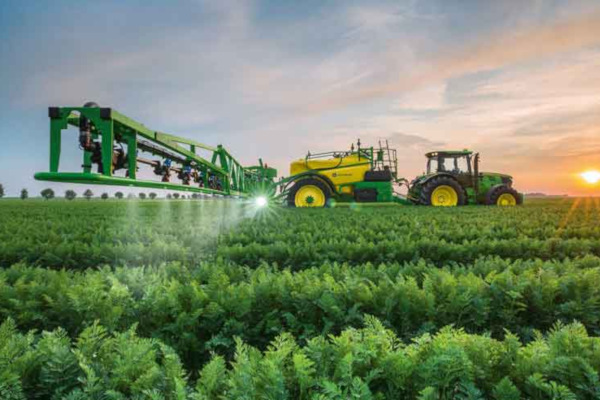 John Deere | Farm Equipment & Technology | Sprayers & Applicators