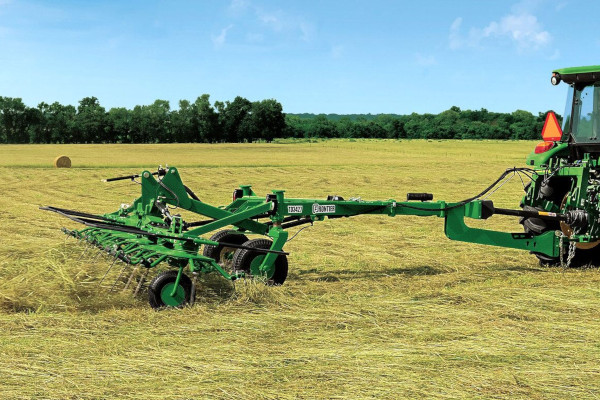 John Deere | Hay and Forage | Tedding Equipment