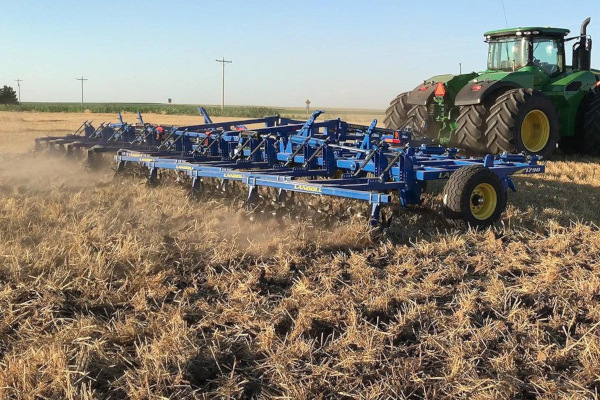 Landoll | Additional Equipment | 1700 Series Blade Plow